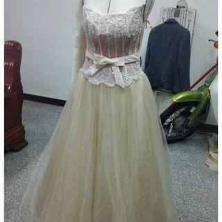 🚚 晚禮服 新娘婚紗 尾牙 作品畢展 表演 自助婚紗