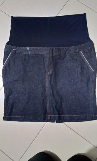 🚚 Bloom Maternity Skirt XL