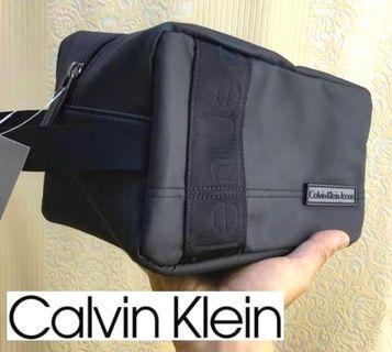 [CK] Calvin Klein Jeans Pouch