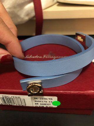 🚚 Ferragamo leather bracelet