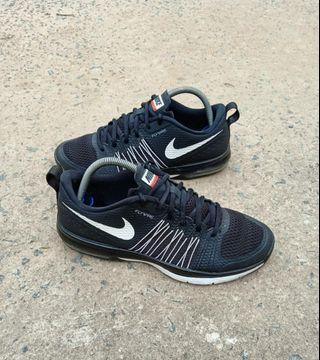 Nike Effort TR