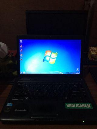 Laptop Toshiba Core i3 Satellite