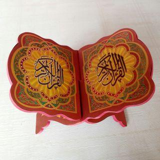 rekal.meja Qur'an