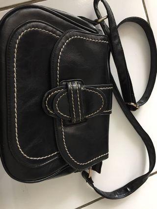 Sling Bag Tas Wanita