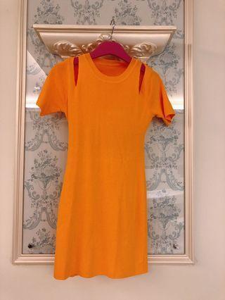 🚚 NEW 正韓橘色洋裝👗夏日首選,網美拍照📷穿超美 購於韓國🇰🇷 原價$980