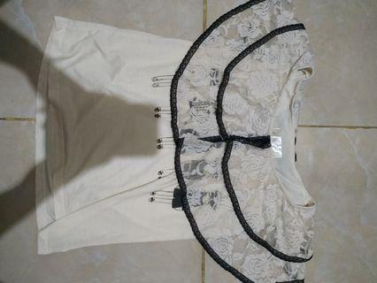 Atasan blouse renda