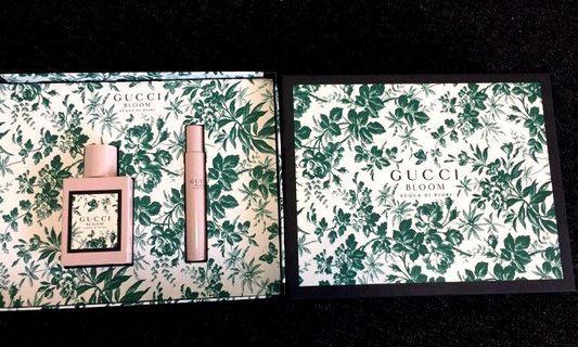 Gucci聖誕禮盒香水組 Gucci bloom淡香水50ml+Gucci bloom香水滾珠筆7.4ml