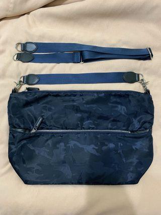 🚚 日牌 Beams 藍迷彩 肩/側背 包包 9.8成新