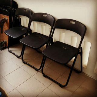 FOLDABLE SEMINAR CHAIRS