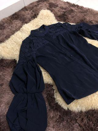 Zalora balloon sleeves with lace in dark blue top