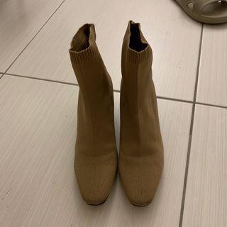 🚚 韓國襪靴奶茶色 25cm