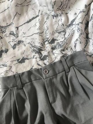 🚚 (含運)灰色西裝短褲 有實圖🥰