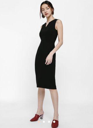 🚚 Lovebonito Gwenda Notch Neck Bodycon Midi dress