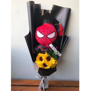 🚚 Graduation Bouquet - Spiderman Plush Toy + Soap Sunflower / Convocation / FREE Gift Card