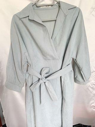 淺藍色斯文裙