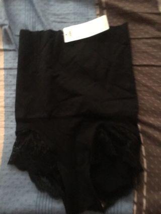 🚚 內褲 (可收肚子)