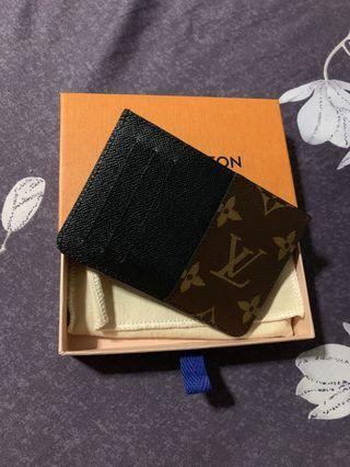 LV cardholder authentic