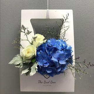 Blue Hydrangea Box with Roses