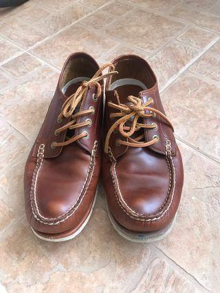 Timberland boat shoes tan