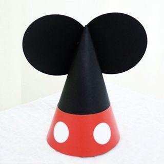 BNIB Disney Mickey / Minnie Party Hats