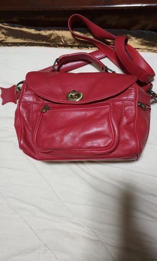 Vera Pelle camera sling bag