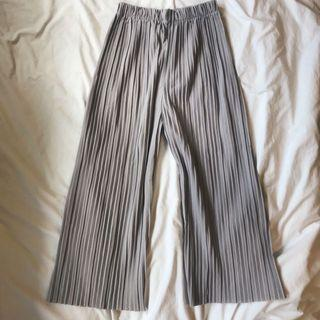 Plaited grey culottes