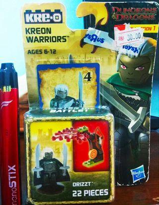 KRE-O Dungeons & Dragons Kreon Warriors Collection 1 Drizzt 22 Pieces's