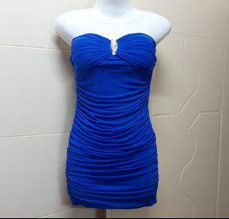 寶藍色連身洋裝