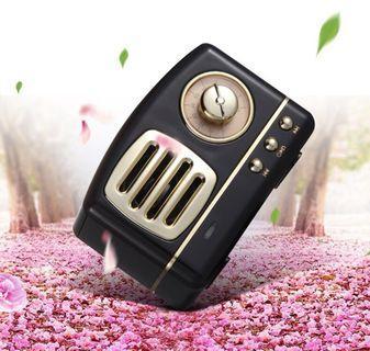 🚚 Audrey Hepburn Series Retro Bluetooth Speaker Heavy Bass