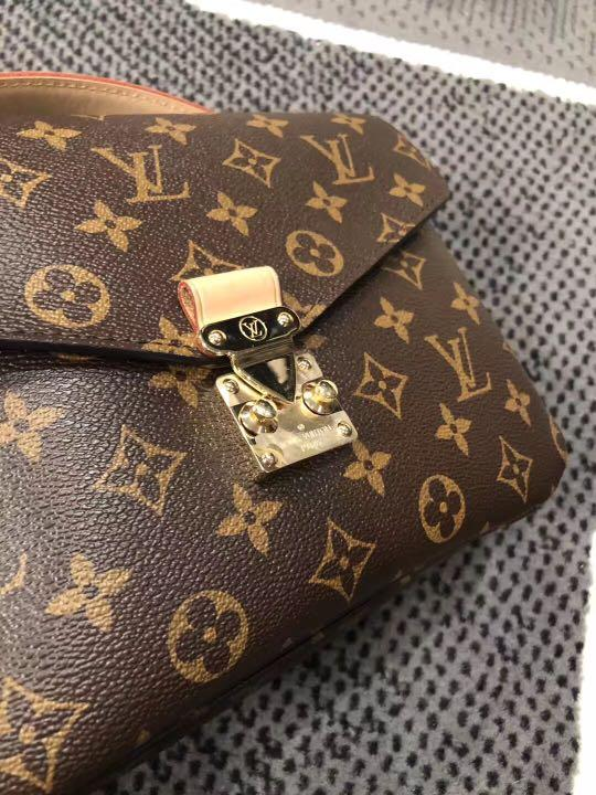 Authentic Louis Vuitton Pickett's Métis (brand new)