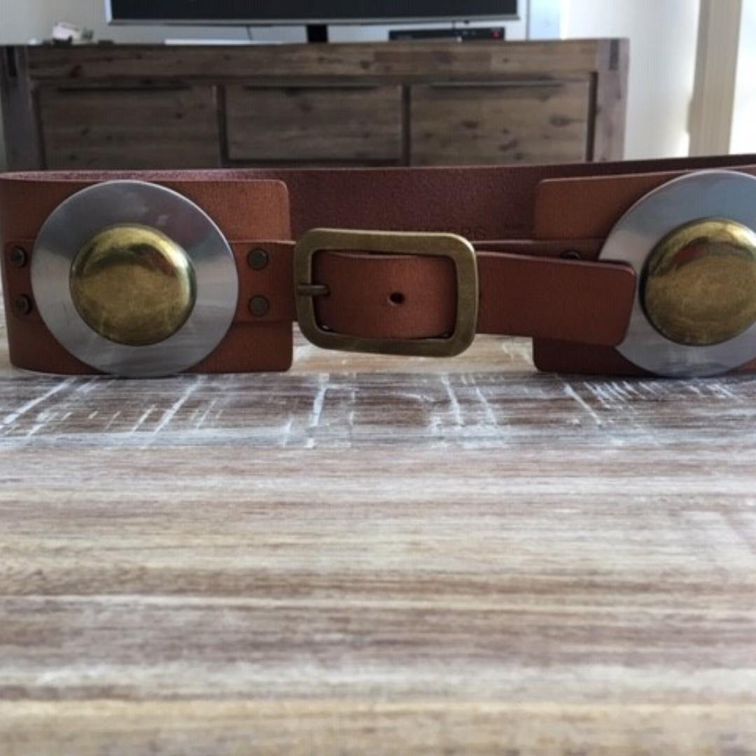 Beautiful Designer (DVF) Ladies Waist Belt for sale!!