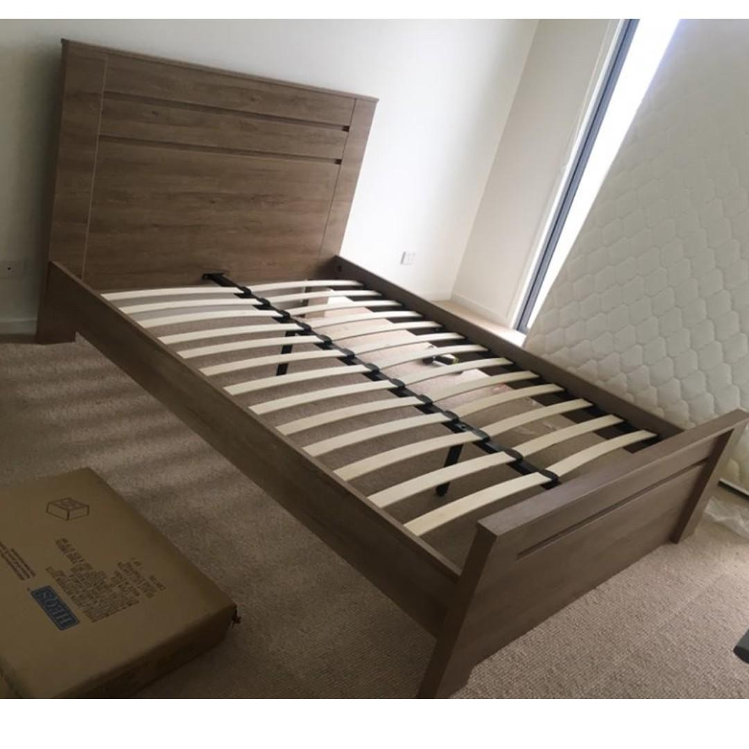 Free Delivery ! Brand New Wooden Bed with 2 Bedside Table Double $599/Queen $629