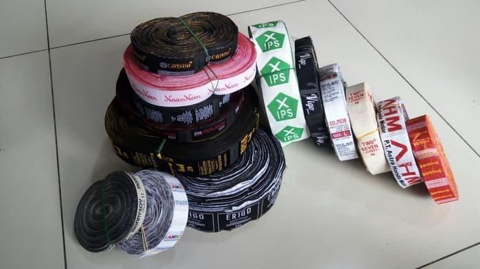 Jasa Pembuatan Label Woven Untuk Tas Baju Dompet dll