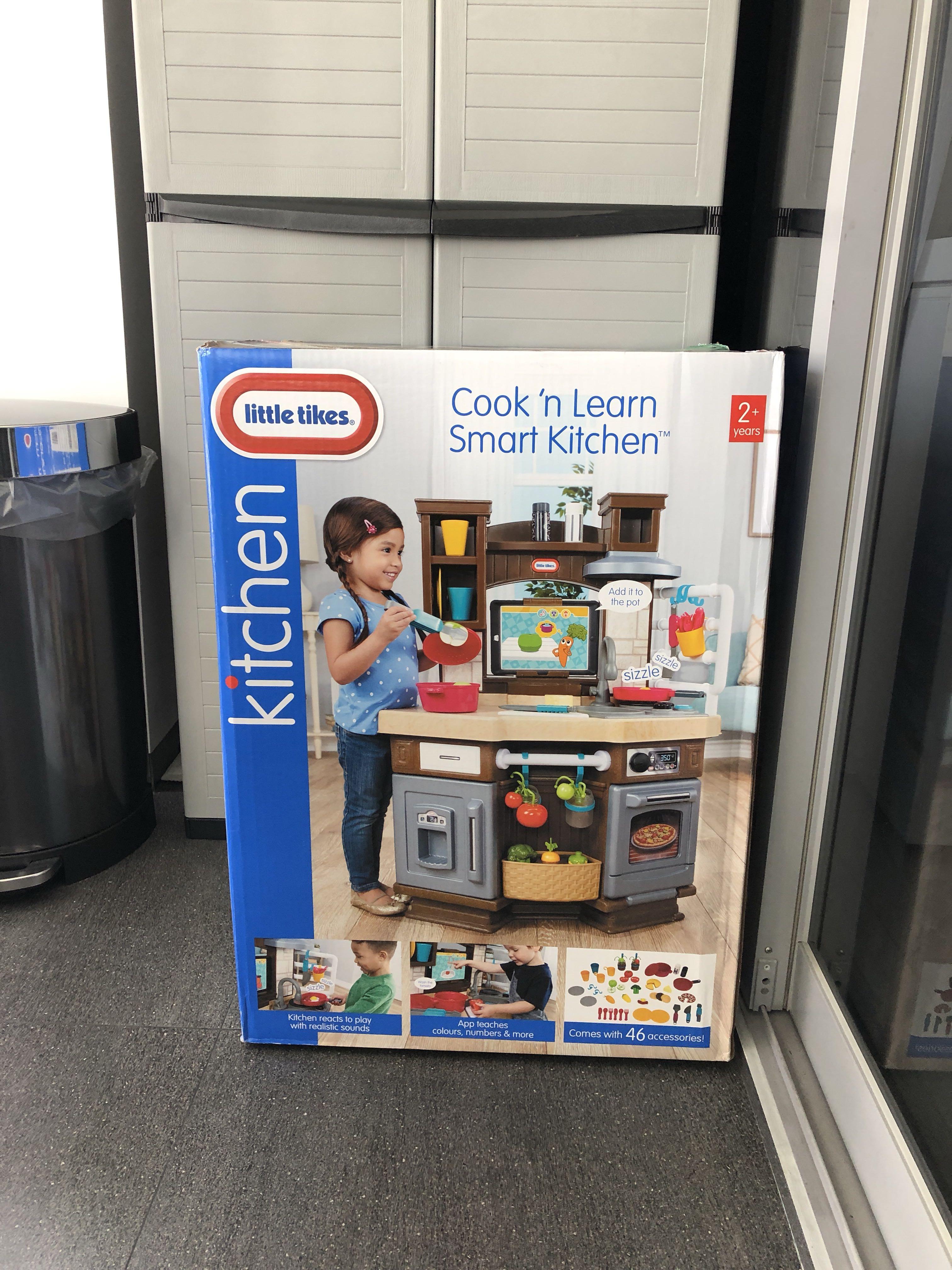 Little Tikes Cook N Learn Smart Kitchen