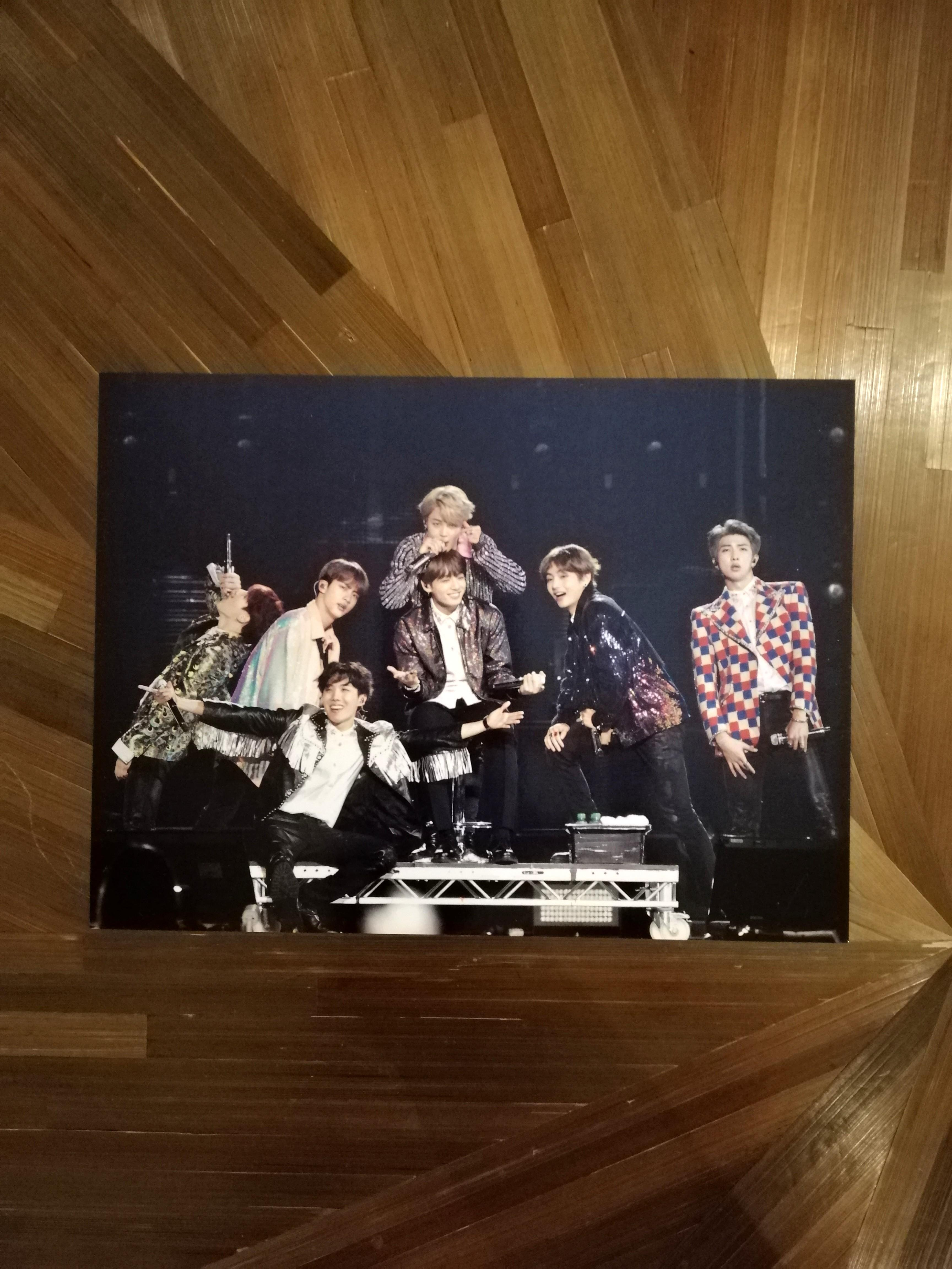 [READYSTOCK] BTS LOVE YOURSELF TOUR IN EUROPE BLURAY POSTCARD