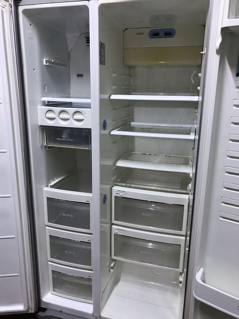 Refrigerator LG side by side 2 door fridge