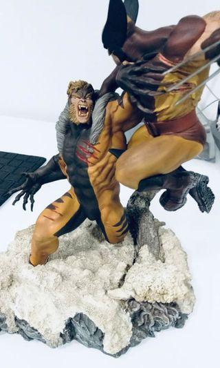 Sideshow Wolverine VS Sabretooth diorama