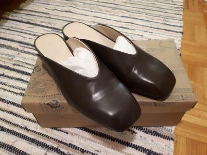 Oak and Fort Shoes