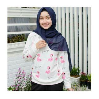 Sweater Putih Flamingo