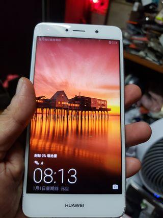 Huawei  Y 7 Prime  TRT-Tl10 LTE 5.5 inches display  3 gb ram 32 gb rom memory internal fingerprint sensor lock function can in memory card  ( read &see my carousell information other many mobile take me logo pictures inside see other mobile choose )