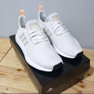 Adidas Swif Broken White