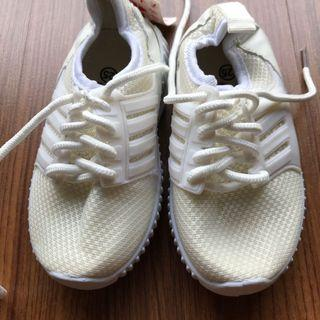 White toddler rubber shoes