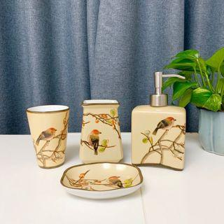 🚚 手繪陶瓷衛浴4件組