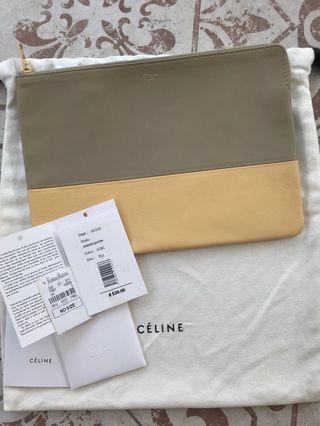 Brand New Authentic Celine Paris Bicolor SOLO Clutch Bag $520