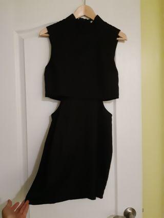 TOBI Black side-cut dress (M)