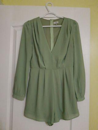 TOBI Green long sleeves rompers (M)