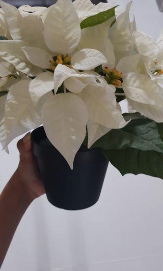 Artificial pot of flower