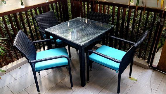 New Price! Outdoor Dining Set - Must Be Sold!