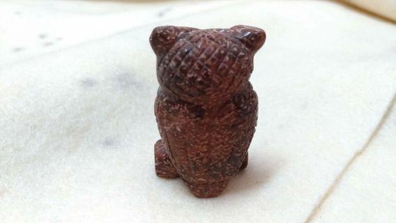 貓頭鷹石雕
