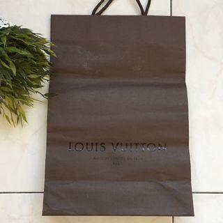 *Used Louis Vuitton paper bag for sales*